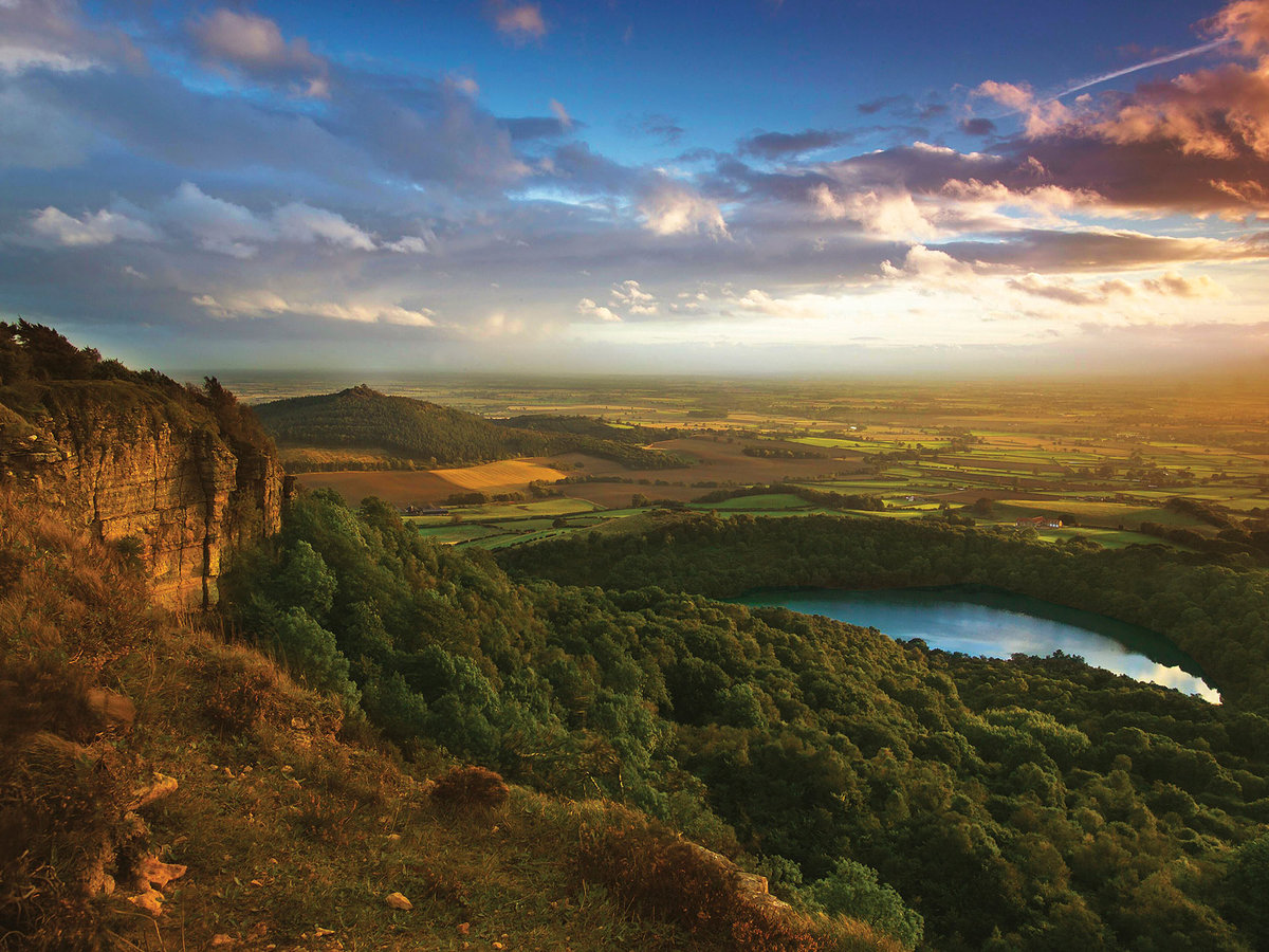 solo travel in the countryside, United Kingdom