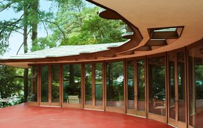 Now You Can Spend a Night In This Breathtaking (Historical) Frank Lloyd Wright Home