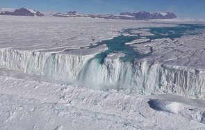 Antarctica Streams Rivers Waterfalls