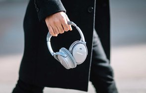 These Popular Bose Headphones Spy on Users, Lawsuit Says