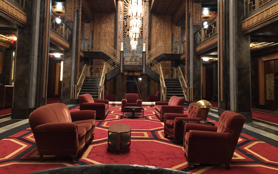 Talking hotel cortez with american horror story 39 s set for Ahs hotel decor