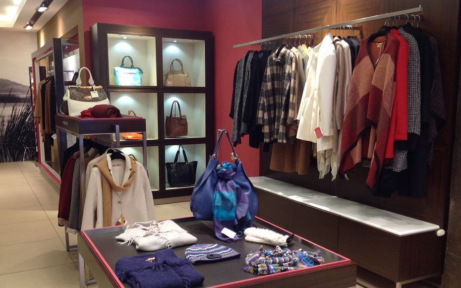 Kuna Clothing Store in Lima