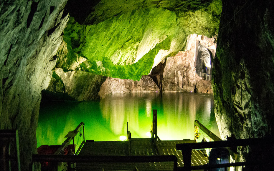 Inside The World S Deepest Underground Luxury Suite In A