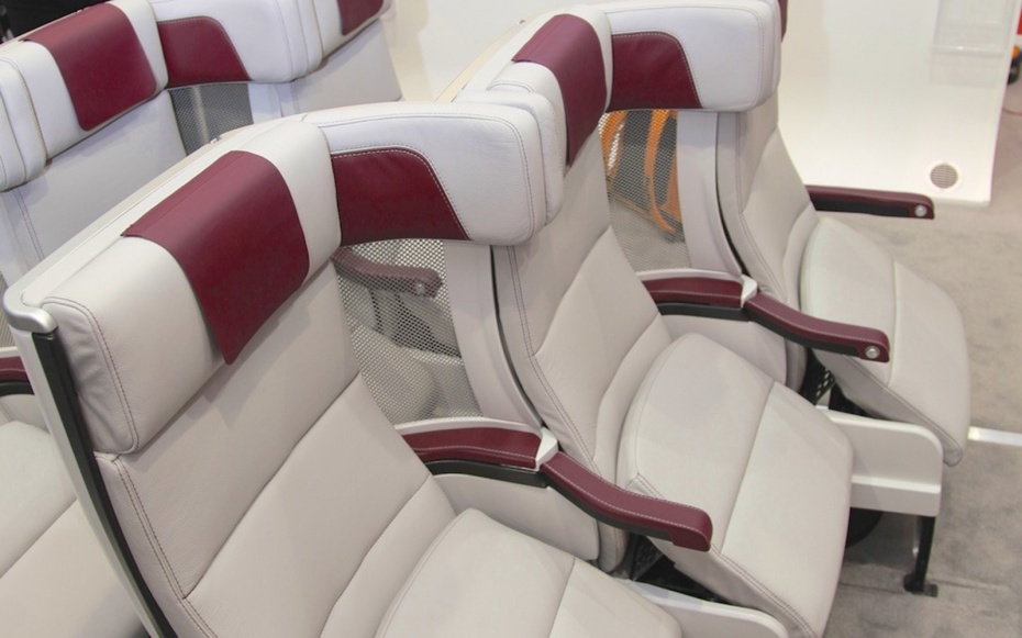 Middle Seat Airplane Design