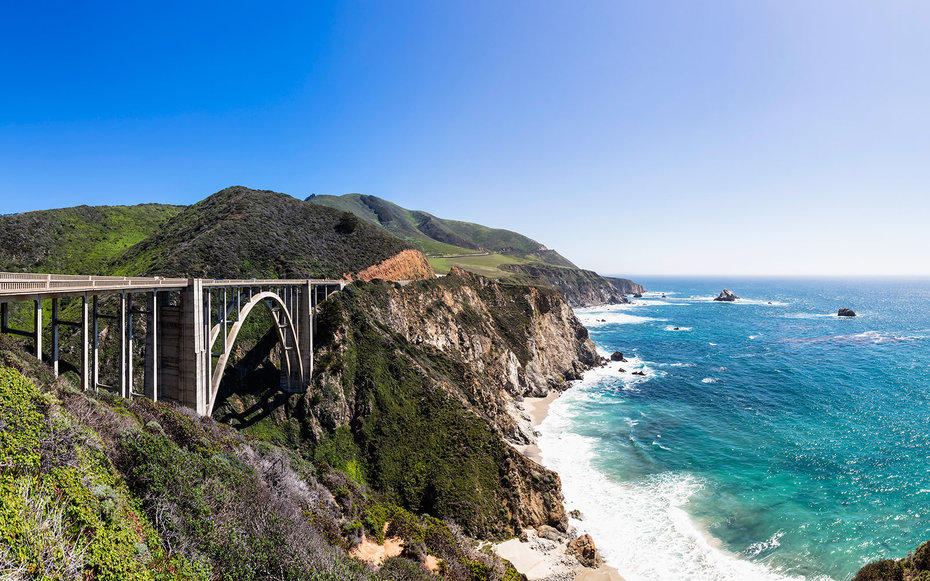 coastline bridge on the Pacific Coast Highway, CA