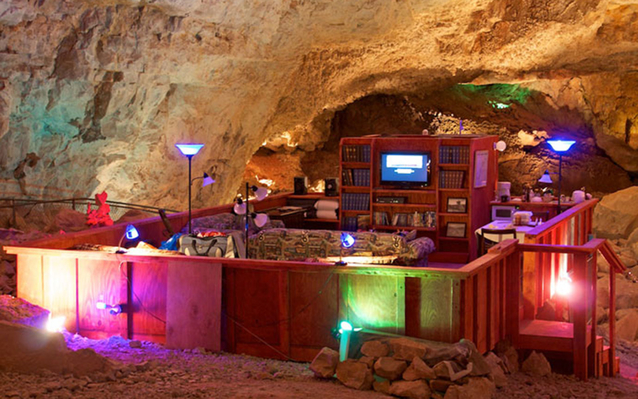 Grand Canyon Cavern Hotel