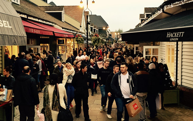 Black Friday at Bicester Village designer outlet shopping centre, Oxfordshire, UK. Friday 28 November 2014