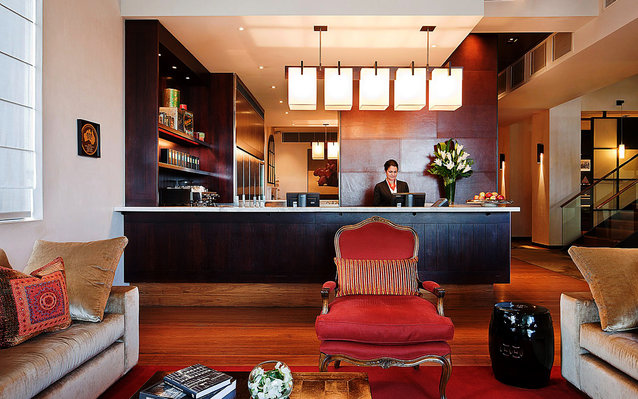 Hotel Lindrum in Melbourne