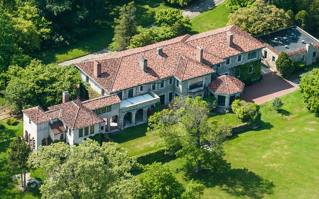 This Luxurious Long Island Sound Estate Is Going for $175 Million