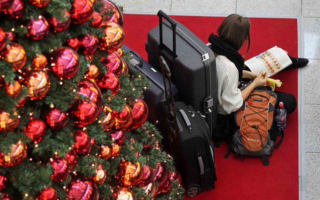 The Definitive Guide to Traveling With Presents