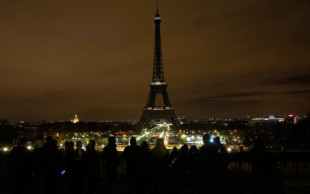 The Eiffel Tower Will Go Dark to Honor Aleppo