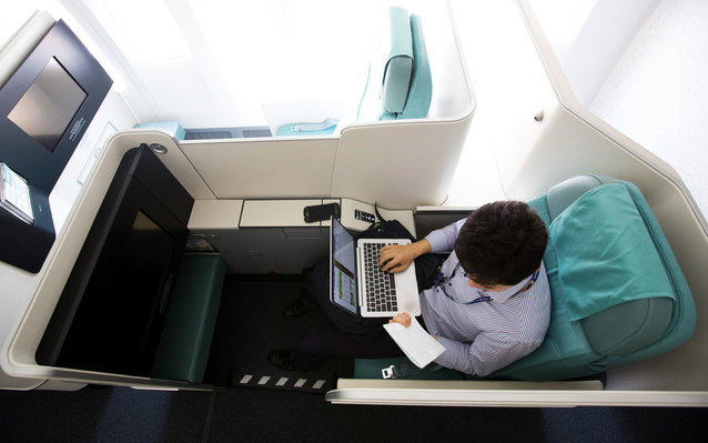 India Holds Out on Airplane Wifi