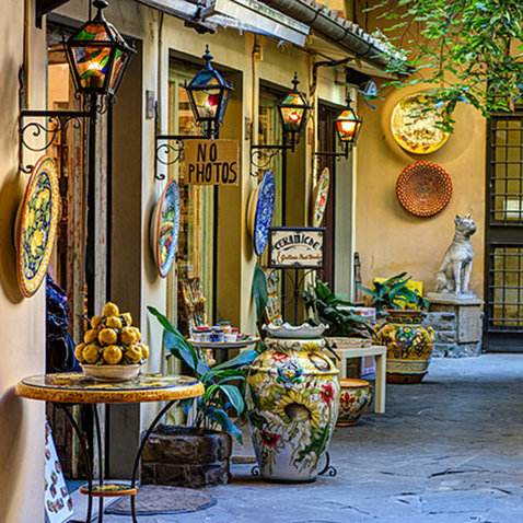 Best bike trips in tuscany travel leisure for Best place to buy art for home