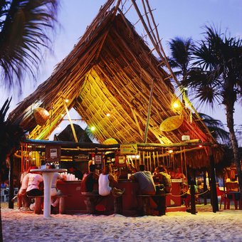 Best Nighttime Activities in Cancun