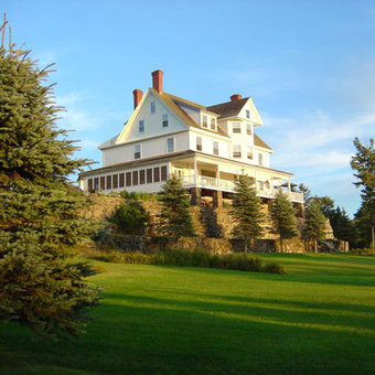 Top Luxury Hotels in Maine