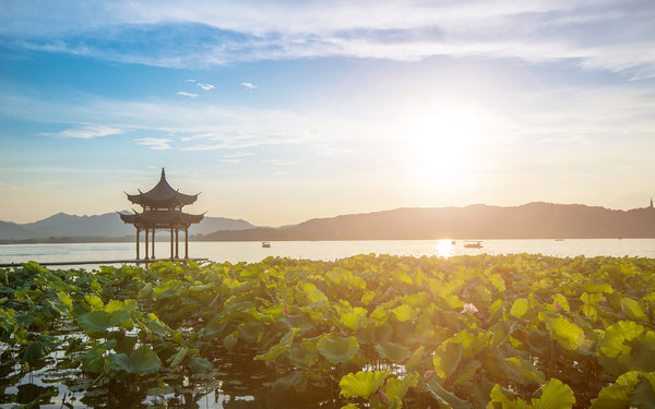 West lake, Hangzhou, Zhejiang province, China