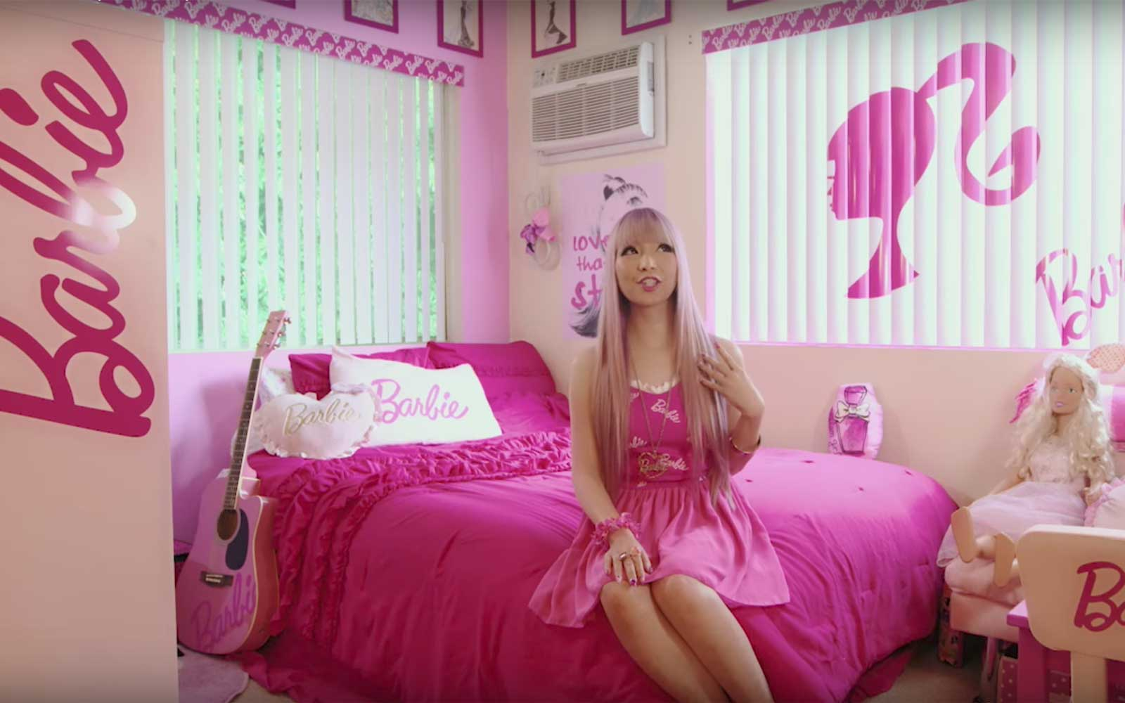 barbies dream house is real and its in los angeles travel leisure - Barbie